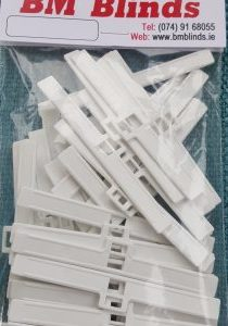 40-Hangers-vertical-blinds-300x300